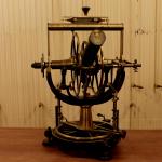 Universaltheodolit: astronomisches und geodätisches Winkelmessgerät